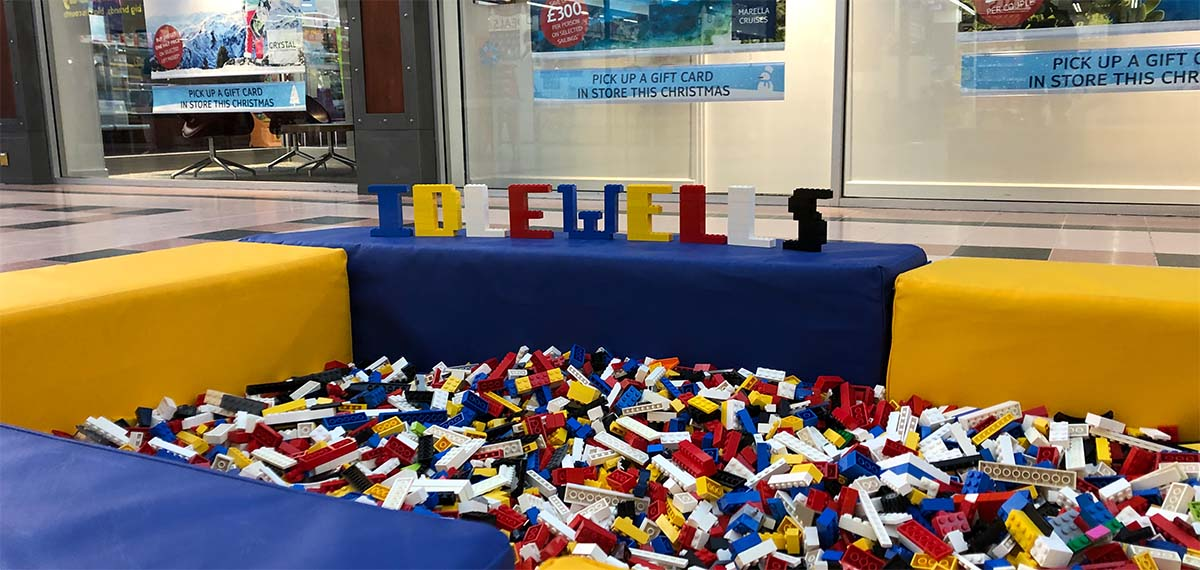 LEGO brick hire and play pit hire in the UK